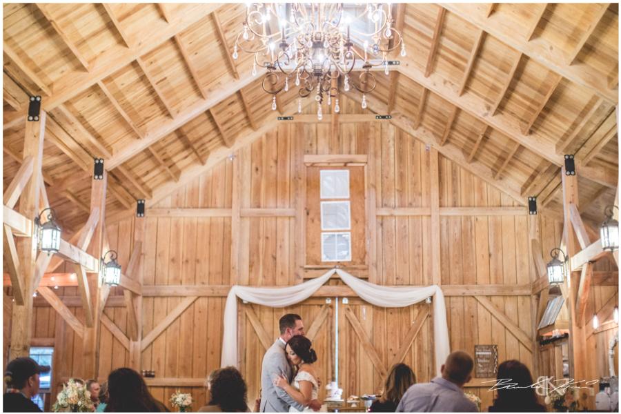 bridle oaks barn wedding photography